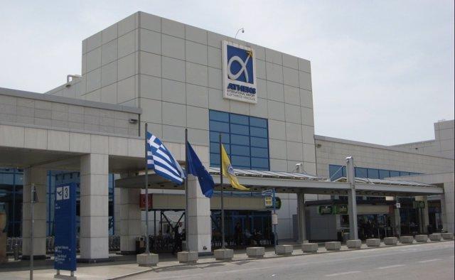 Archivo - Aeropuerto Internacional de Atenas, en Grecia