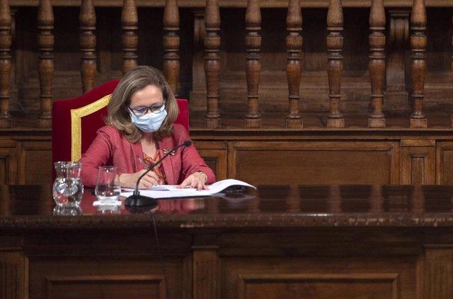 La vicepresidenta segona del Govern i ministra d'Assumptes Econòmics, Nadia Calviño. Foto d'arxiu.