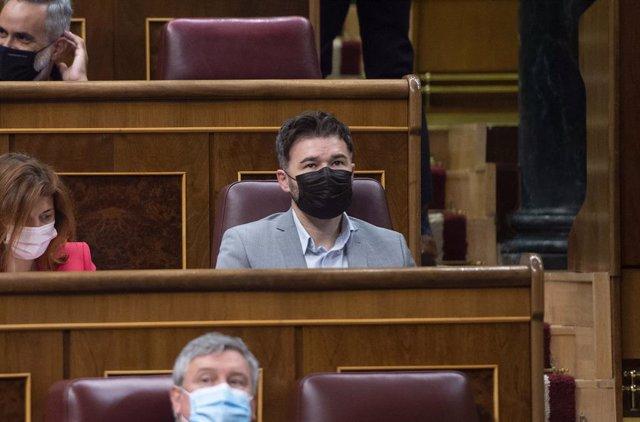 Archivo - Arxiu- El portaveu del grup parlamentari d'ERC, Gabriel Rufián.