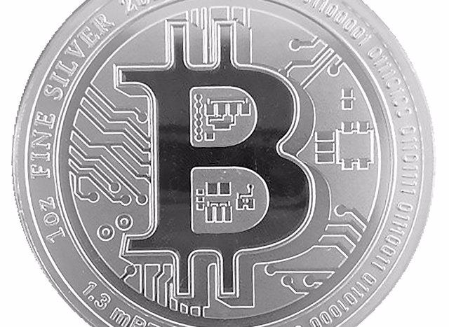 Archivo - Nace Silver Bitcoin, la moneda que vincula los metales preciosos con las criptomonedas