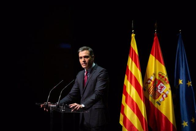 El presidente del Gobierno, Pedro Sánchez, en el acto en el Liceu.