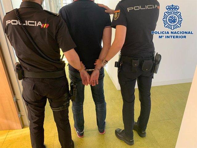 Detenido un conocido fugitivo que tenía dos órdenes de busca y captura