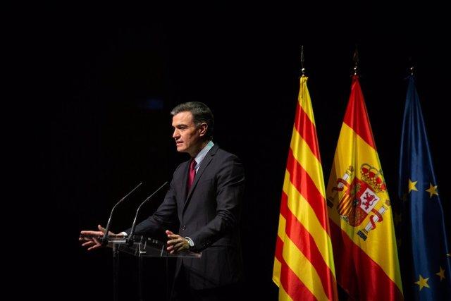 El president del Govern espanyol, Pedro Sánchez, durant la conferència al Liceu de Barcelona.