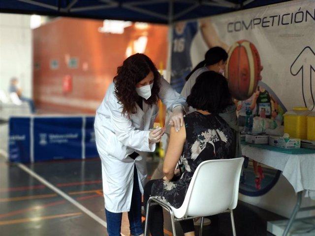 La vacunación en Aragón está disponible para todos los nacidos antes del 31 de diciembre de 1981