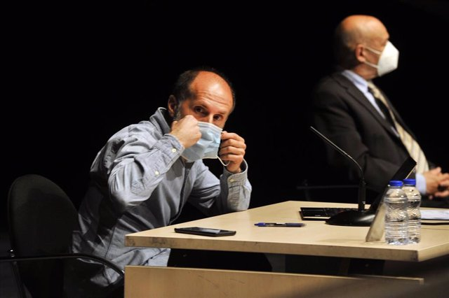 El alcalde de Ourense, Gonzalo Pérez Jácome, somete su cargo de cuestión de confianza, a 14 de junio de 2021, en Ourense, Galicia (España). El pleno del Concello de Ourense decide esta mañana si otorga la confianza al alcalde de Ourense, Gonzalo Pérez Jác