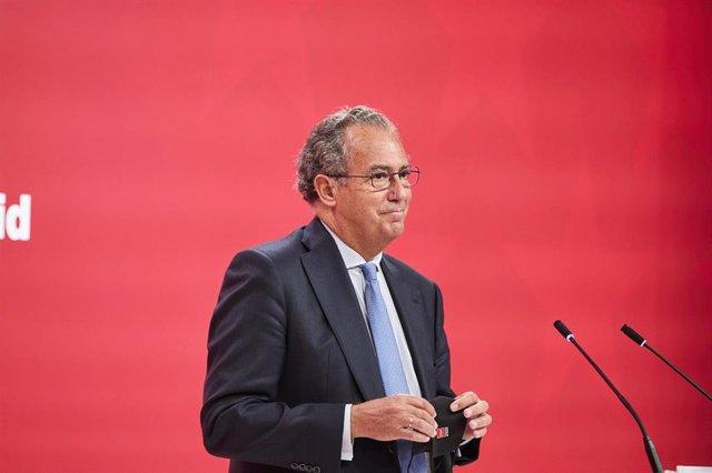 El consejero de Educación, Universidades, Ciencia y portavoz del Gobierno, Enrique Ossorio
