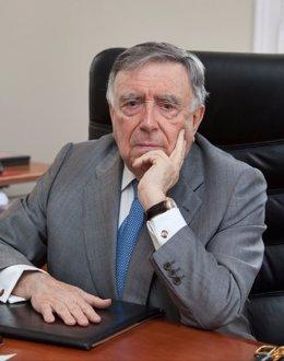 LUIS MARÍA ANSON PRESIDENTE DE LA SOCIEDAD EUROPEA DE FOMENTO SOCIAL Y CULTURAL