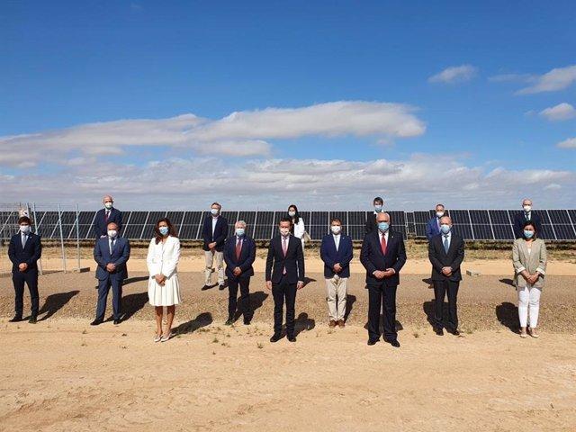 El consejero de Desarrollo Sostenible, José Luis Escudero, en la inauguración del complejo fotovoltaico de Repsol 'Kappa' en Manzanares