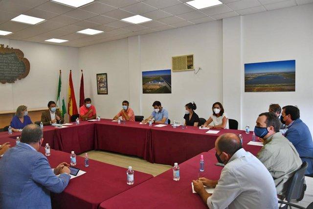 Reunión de los delegados de la Junta conel sector agrícola en Sanlúcar