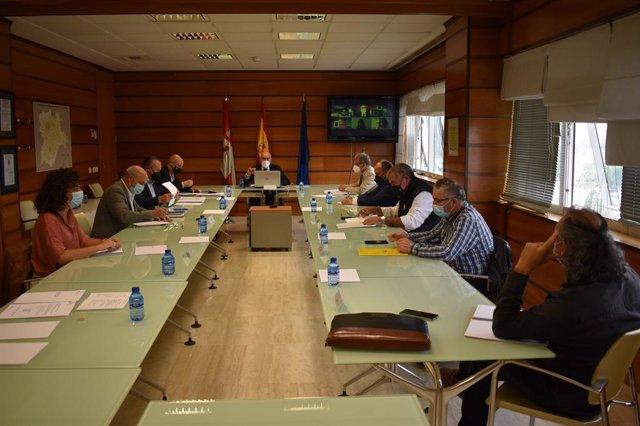 Reunión del Consejo Agrario Regional que ha presidido Jesús Julio Carnero.