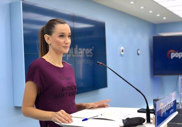 La portavoz del PP de Málaga, Elisa Pérez de Siles, en rueda de prensa