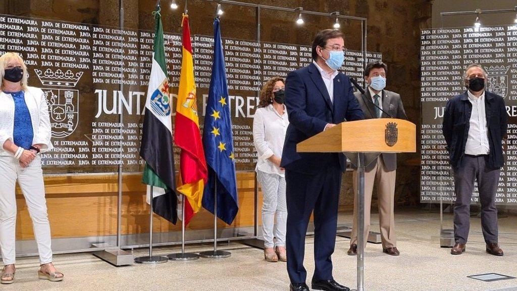 Extremadura ejecutará hasta 2023 un Plan de Comercio Minorista con unos 30 millones y otro de Artesanía con 6 millones