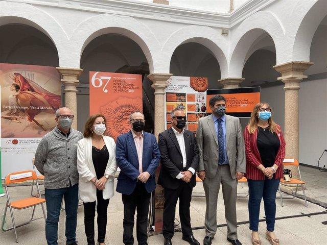Actores y actrices ciegas de la ONCE participarán en un corto y en una obra que forman parte del Festival de Mérida