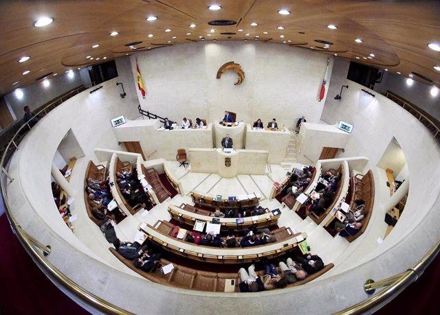 Archivo - Hemiciclo del Parlamento de Cantabria