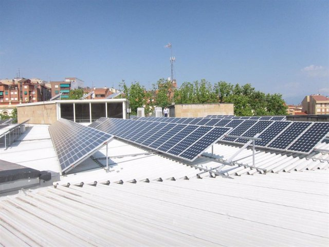 Archivo - Instalaciones fotovoltaicas