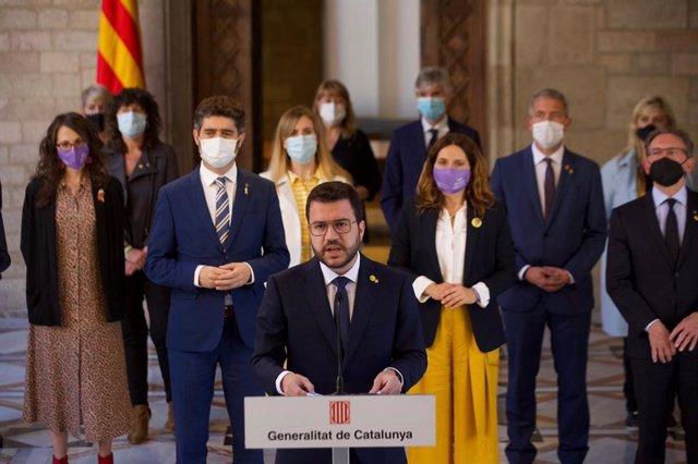 Compareixença del president de la Generalitat, Pere Aragonès, al costat del Govern després dels indults als presos de l'1-O.