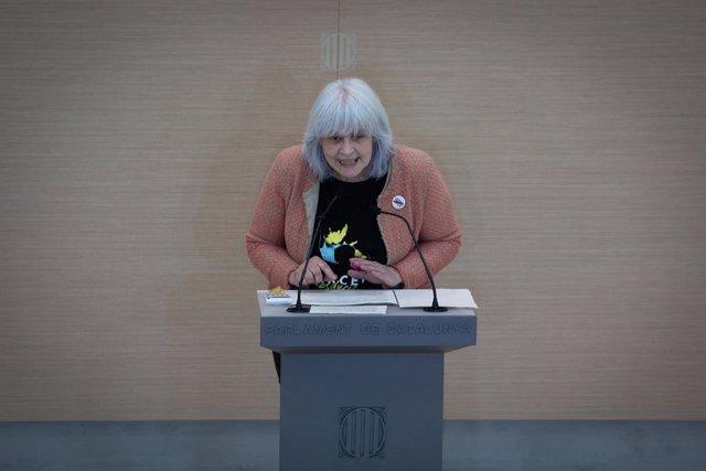 Archivo - Arxiu - La presidenta de la CUP al Parlament, Dolors Sabater intervé durant la primera sessió del debat d'investidura a la presidència de la Generalitat de Catalunya, al Parlament, Barcelona, Catalunya, (Espanya), el 26 de març del 2021.