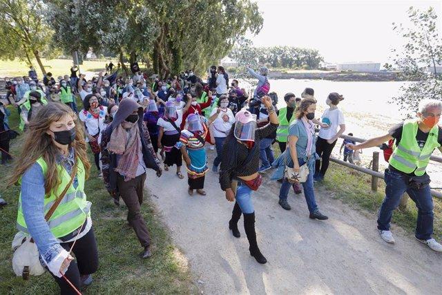 Llegada del grupo zapatista a Vigo.
