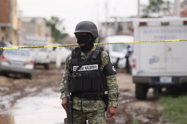 Archivo - Agente de la guardia Nacional de México.