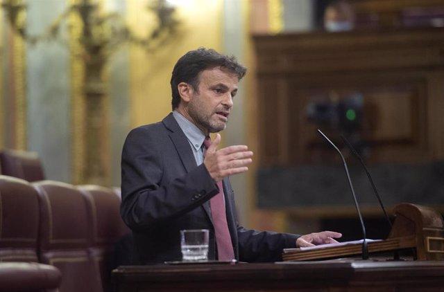 El presidente del grupo parlamentario de Unidas Podemos en el Congreso, Jaume Asens, interviene en una sesión plenaria en el Congreso de los Diputados, a 22 de junio de 2021, en Madrid, (España). El pleno se celebra horas después de que el presidente del