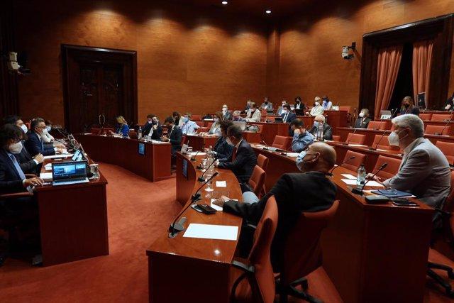 Moment de la compareixença del vicepresident i conseller de Polítiques Digitals i Territori, Jordi Puigneró.