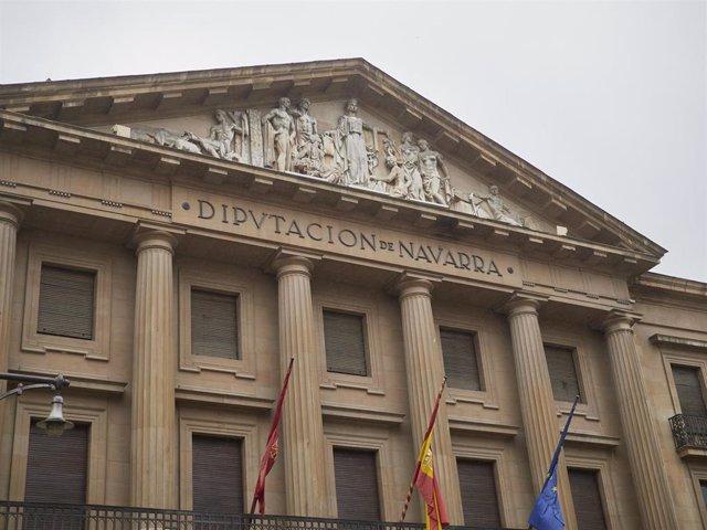 Archivo - Fachada de la Diputación de Navarra, en Pamplona, Navarra, (España), a 11 de octubre de 2020