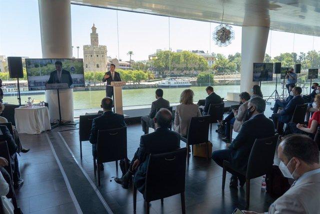 El presidente del Comité de las Regiones, Apostolos Tzitzikostas, interviene en la   inauguración de una jornada del Partido Popular Europeo sobre la Ley Europea del Clima a 23 de junio del 2021 en Sevilla, Andalucía; España