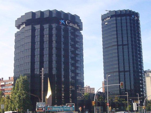Archivo - Sede de Caixabank en Barcelona