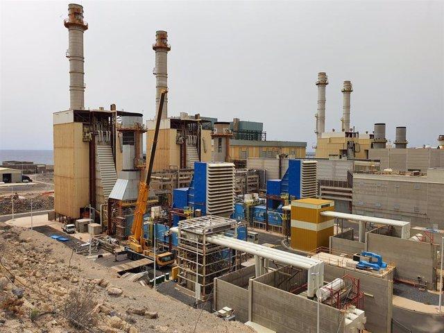 Archivo - Central eléctrica de Endesa en Canarias