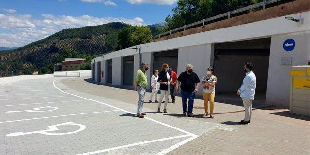 Visita al aparcamiento de Hornos de Segura.