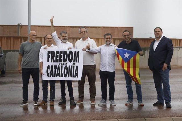 El líder d'ERC, Oriol Junqueras; els exconsellers Quim Forn, Josep Rull, Jordi Turull i Raül Romeva; el president d'Òmnium Cultural, Jordi Cuixart; i el secretari general de Junts, Jordi Sànchez.
