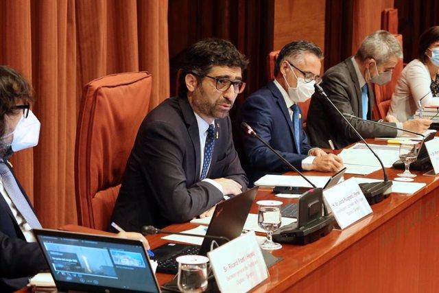 El vicepresident i conseller de Polítiques Digitals i Territori, Jordi Puigneró, durant la seva compareixença.