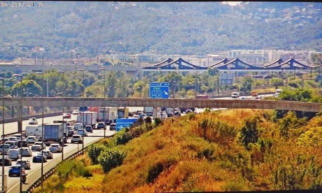 Imatge de retencions a la carretera A-2