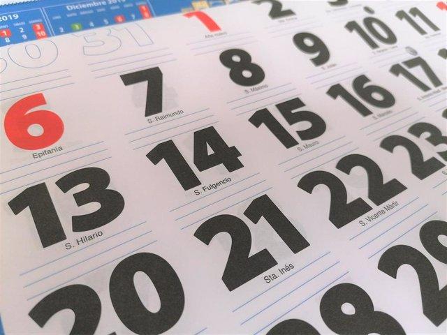 Archivo - Calendario, almanaque, días festivos