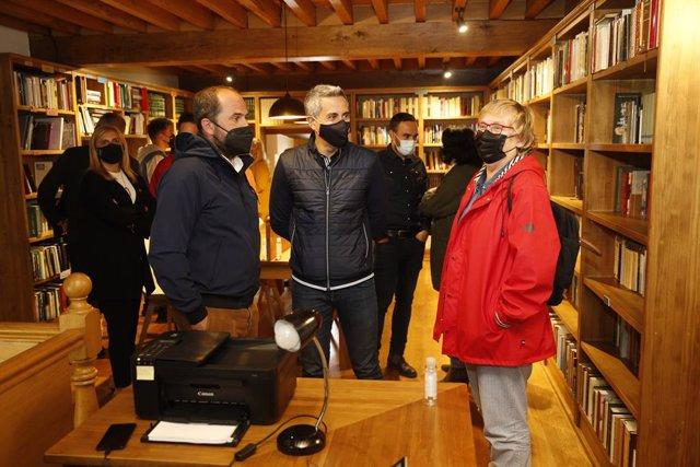 Inauguración de la nueva biblioteca municipal 'Emilio Casal'