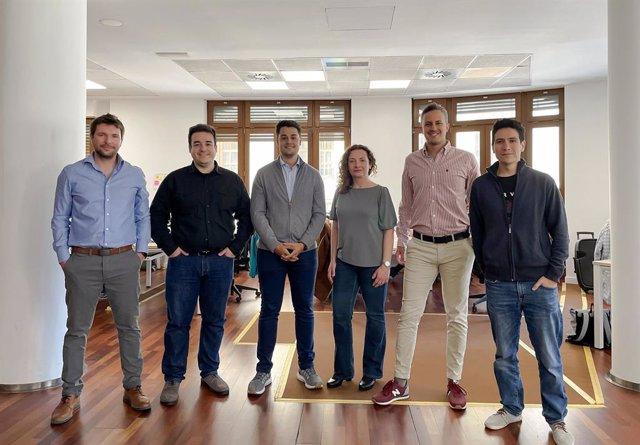 Miembros del equipo de Emendu.