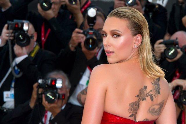 Archivo - 29 August 2019, Italy, Venice: US actress Scarlett Johansson attends the premiere of the film Marriage Story during the 76th Venice International Film Festival. Photo: Piergiorgio Pirrone/Lapresse via ZUMA Press/dpa