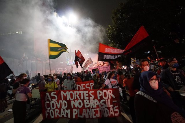 Protestes contra la gestió governamental de la pandèmia de coronavirus al Brasil
