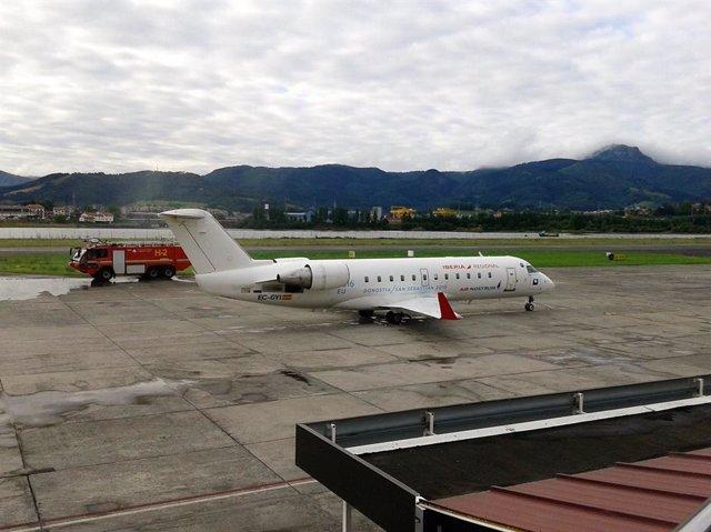 Archivo - Aeropuerto de Hondarribia (San Sebastián).