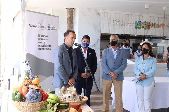 Presentación del programa para fomentar el consumo de producto local en los establecimientos turísticos del Archipiélago