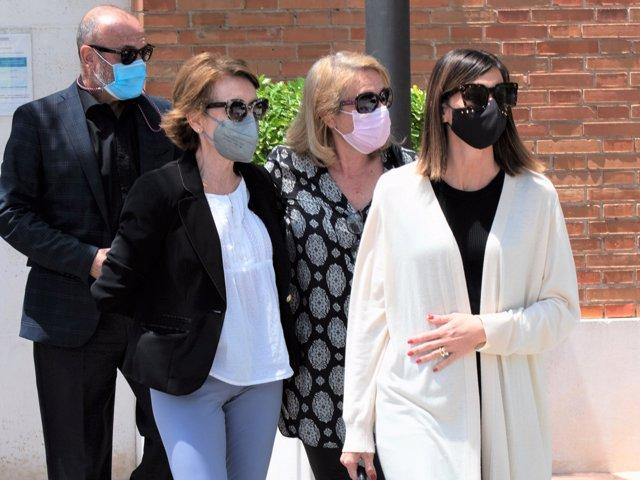 La familia de Mila ha despedido a la periodista en una ceremonia íntima
