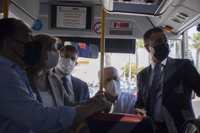 Dotan a 62 buses del Consorcio de Transporte de Huelva de un sistema pionero de purificación de aire.