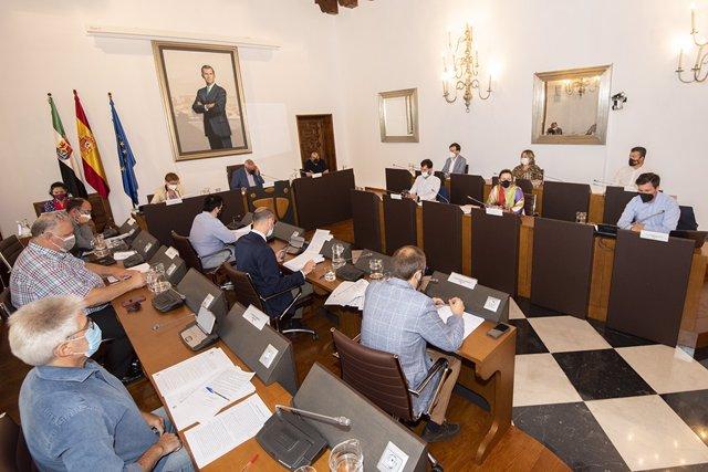 Pleno de la Diputación de Cáceres del mes de junio celebrado este jueves