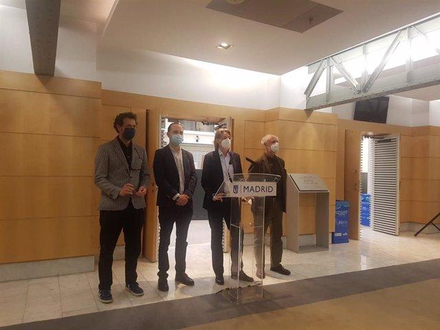 Archivo - Marta Higueras, junto a los concejales José Manuel Calvo, Felipe llamas y Luis Cueto en el Ayuntamiento de Madrid