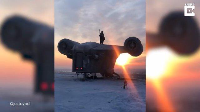 Fans de Star Wars crean una increíble réplica de la nave espacial mandaloriana