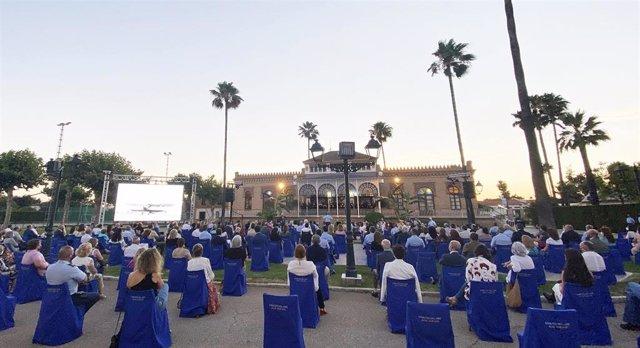 El concierto ha sido promovido conjuntamente por la Compañía Sevillana de Zarzuela y por la Unidad de Música del Acuartelamiento de Tablada.