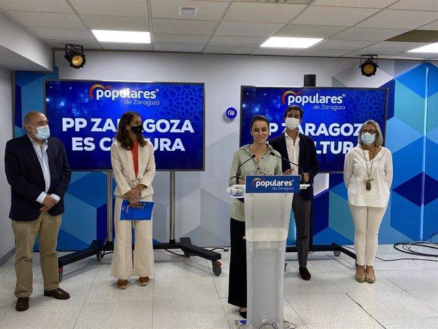 Andrea Levy en su visita a la sede regional del PP Aragón.