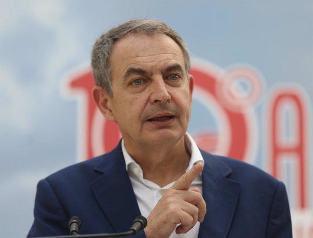 El expresidente del Gobierno de España, José Luis Rodríguez Zapatero, interviene en el 10 aniversario de la integración de régimen especial agrario en el régimen general de la seguridad social en la escuela Julián Besteiro, a 27 de mayo de 2021, en Madrid