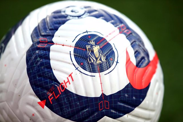 Archivo - 21 February 2021, United Kingdom, London: A general view of the new Nike Flight Premier League ball during the English Premier League soccer match between Arsenal and Manchester City at the Emirates Stadium. Photo: Julian Finney/PA Wire/dpa