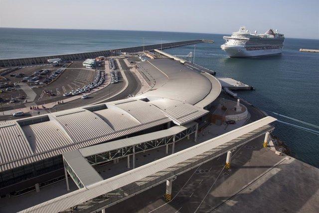Archivo - Terminal de cruceros de Málaga